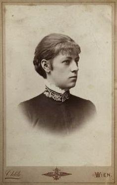 Countess Marie Larisch von Moenich daughter of Duke LUdwig in BAvaria