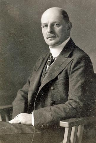 Count Karl KInsky