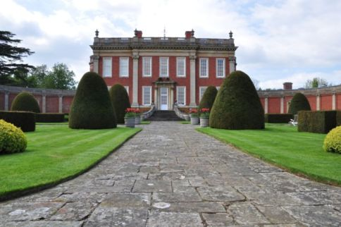 Sisi rented Cottesbrooke Hall